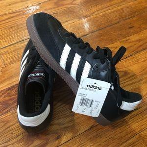 Adidas Samba Classic J - size 6